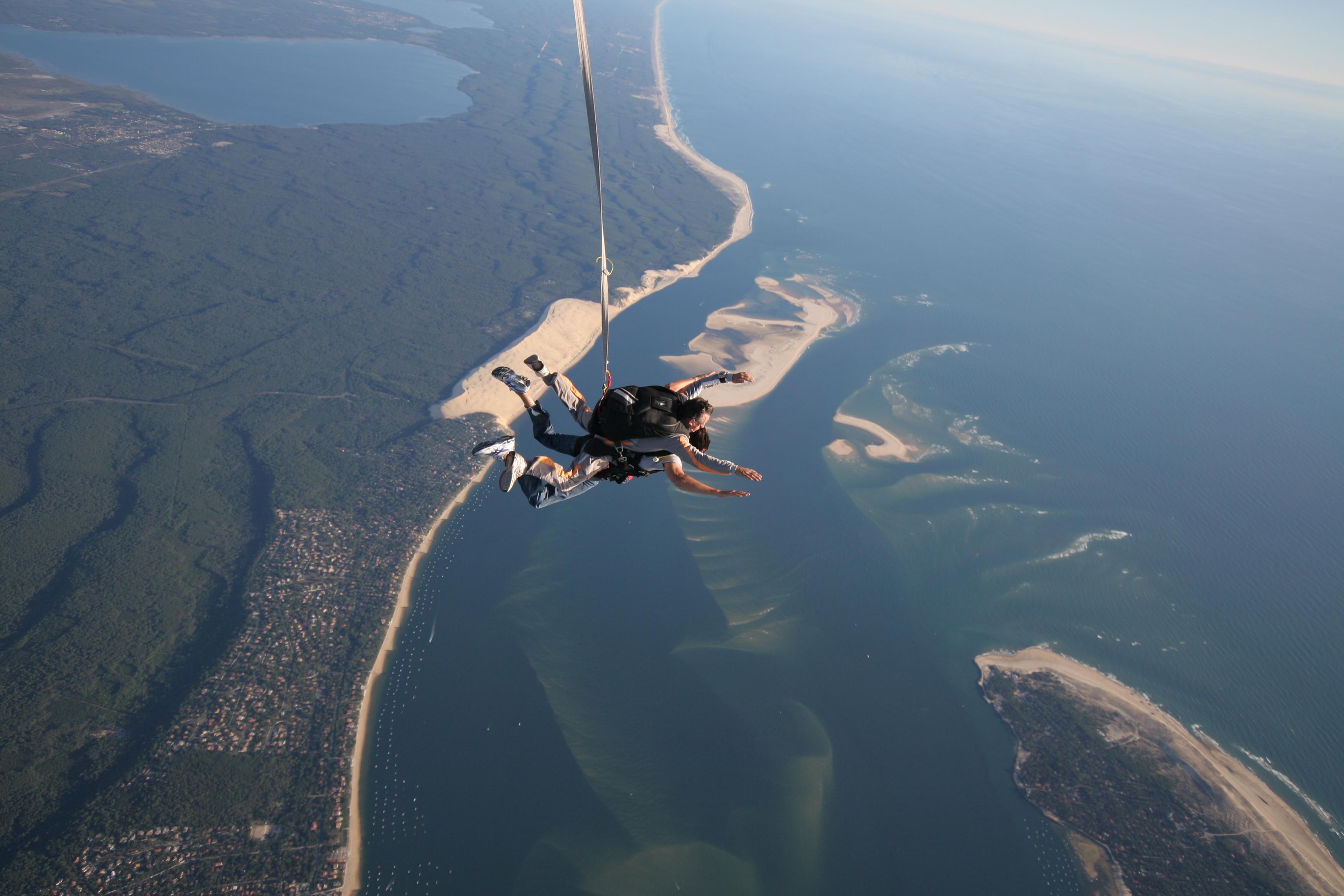 saut en parachute biscarosse